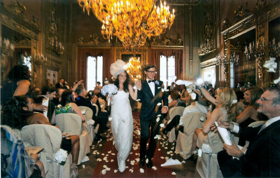 Weddings, bride e groom, cerimony, confetti, guests, Palazzo Borghese event venue in Florence